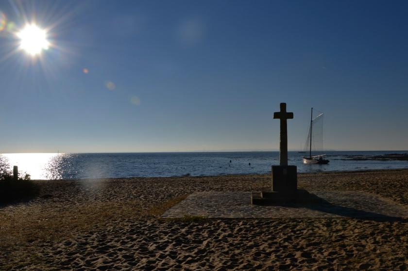 La croix de Claouey , mon repère . Elle marque l'entrée dans mon petit monde Ferret