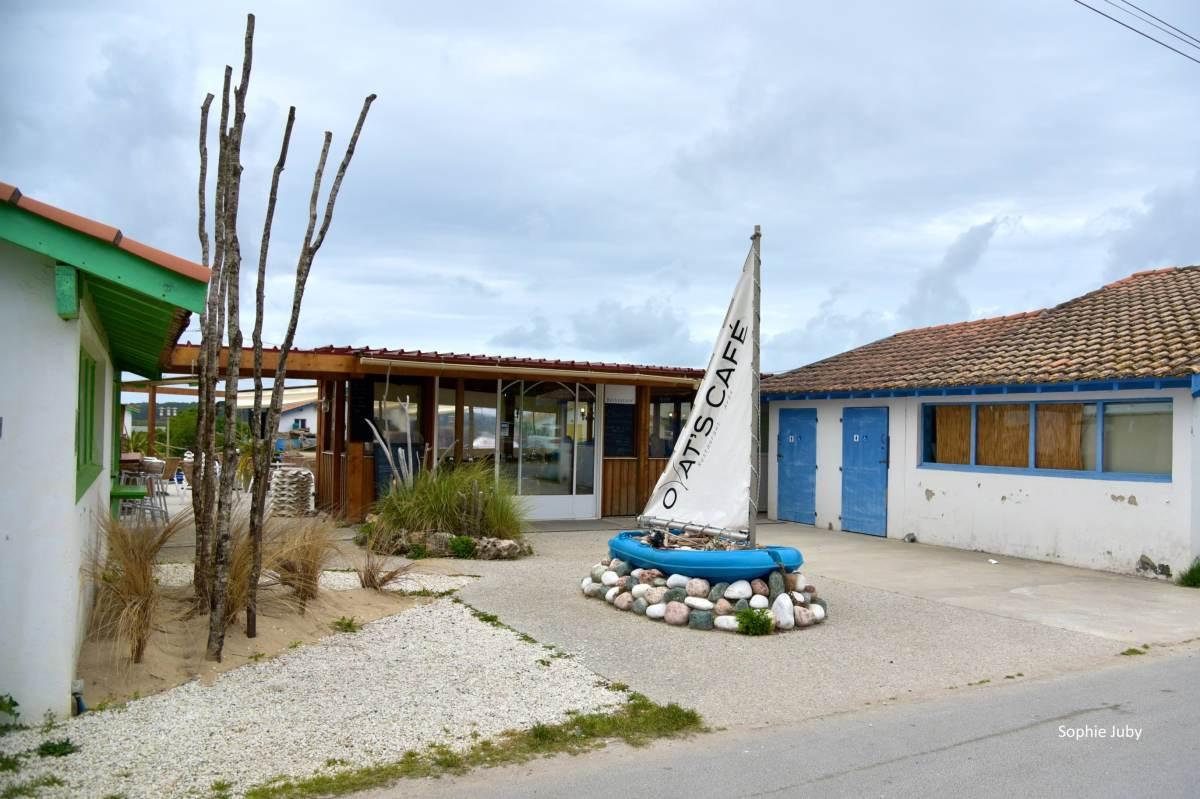 l'Oyats café : un restaurant tout poisson sur le port ostréicole d'Ares
