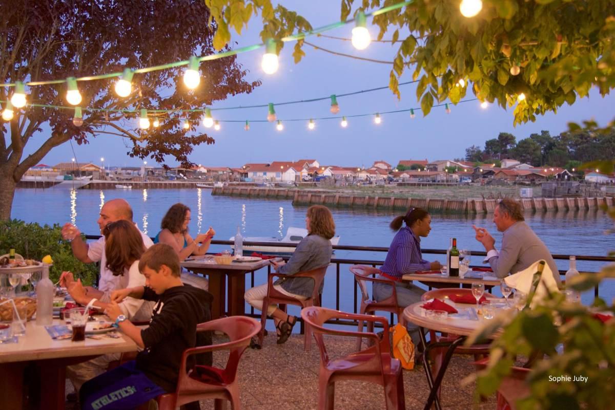La Pleine Mer : un chouette restaurant vue bassin à Piraillan