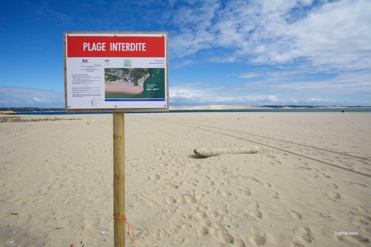 La plage de la pointe fermée?