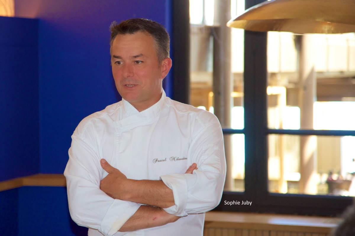Pascal Nibaudeau ouvre sa table à manger au cœur du Pinasse Café