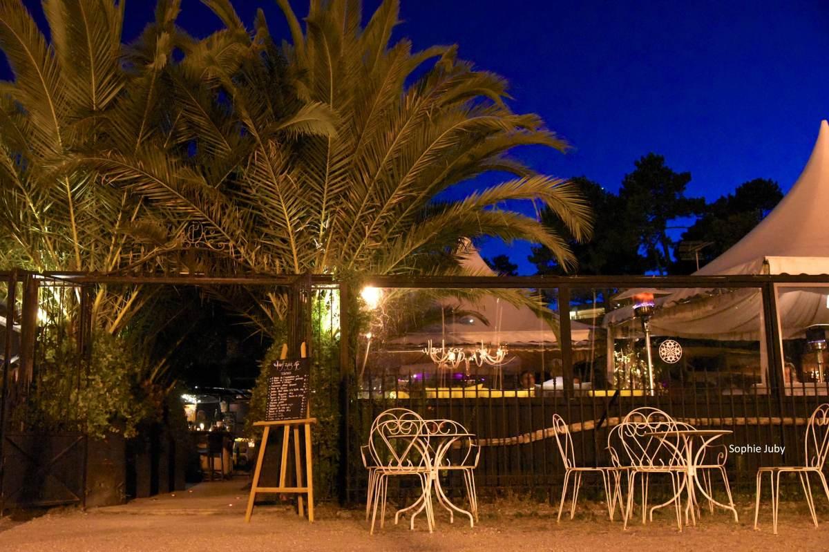 Le Wharfzazate , le restaurant Glam et cool du port de la Vigne