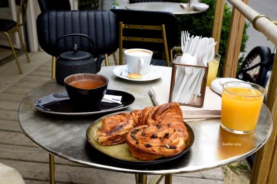 Petit déjeuner à la petite Pâtisserie Cap Ferret